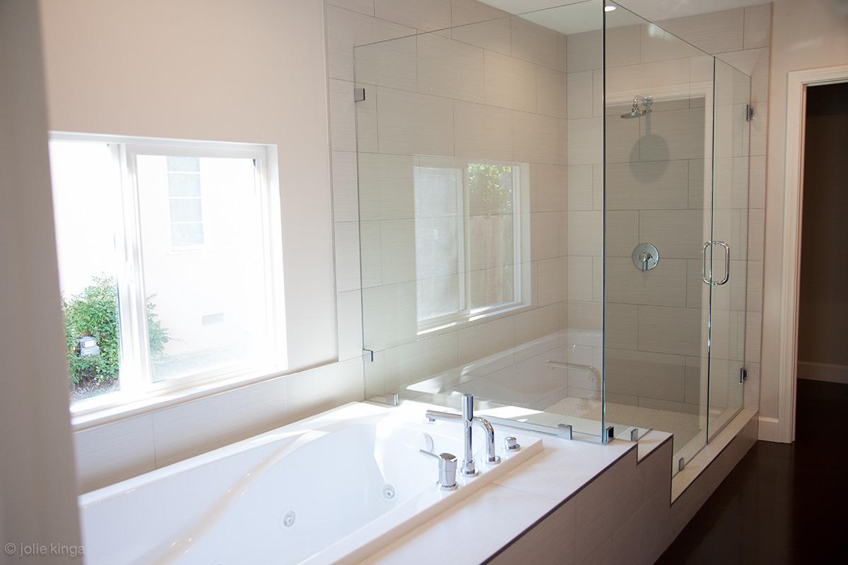 Bathroom remodeling encino - Green Bathroom Remodel Encino