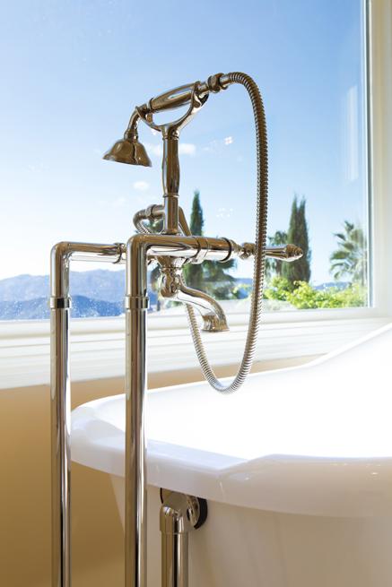 Natural Light Bathroom Ideas