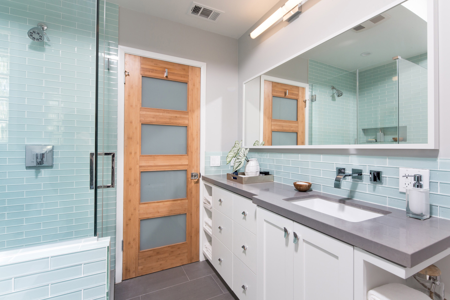 South Palisades Bathroom Remodel Overland Remodeling